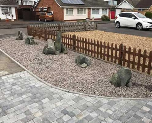 Bishops Cleave driveway and stone flowerbeds with rock formations